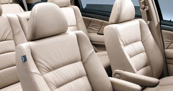 Automotive Textiles Market 2025 Explore Business Opportunities offers Huge Growth By Leading Competitive Players:  AGM Automotive, Acme Mills, ASGLAWO Technofibre