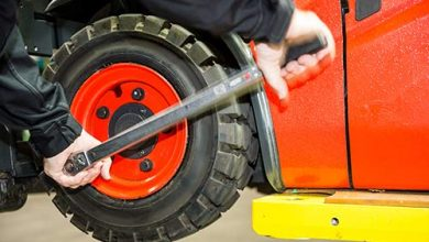 Global Material Handling Equipment Tire Market
